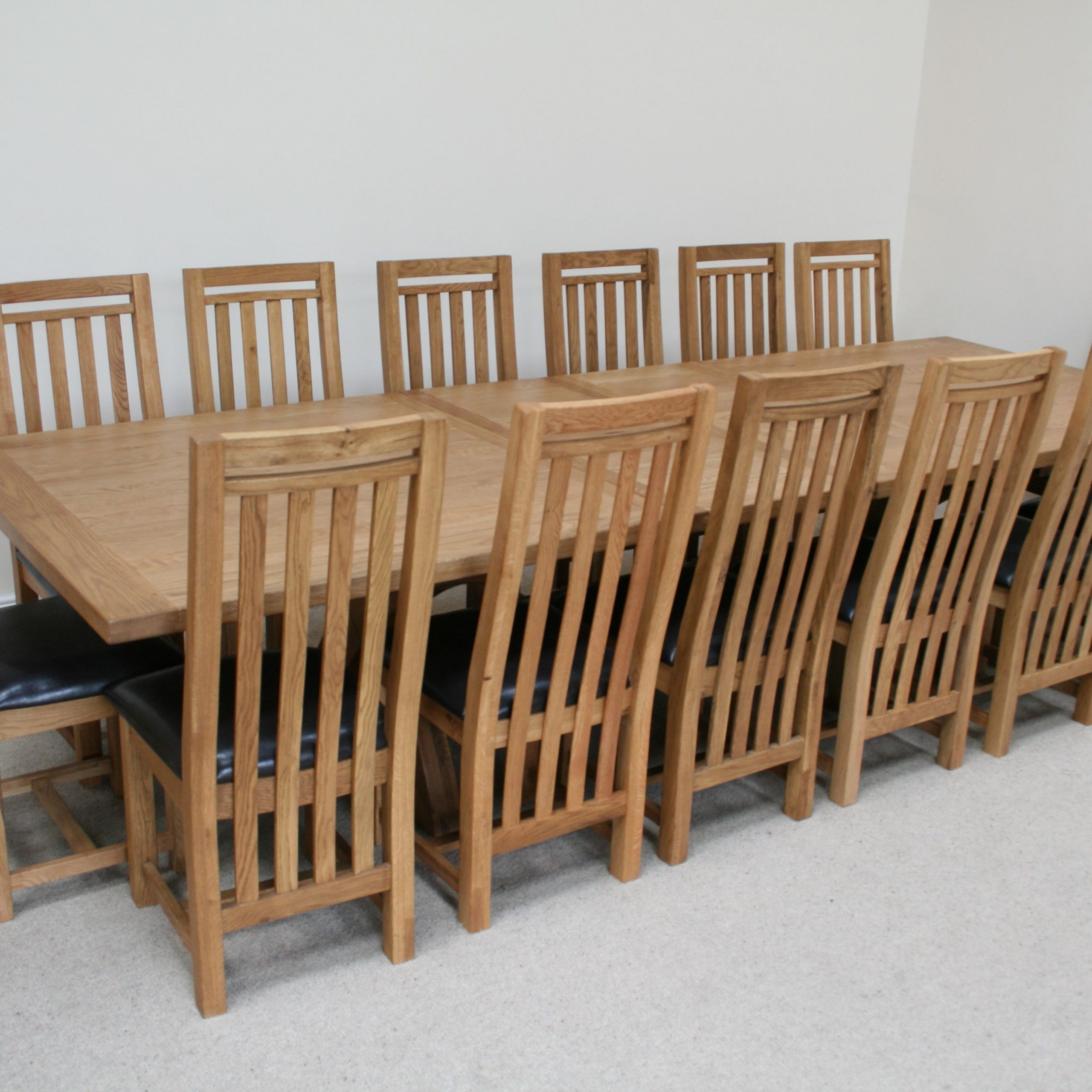 Favorite 8 Seater Wood Contemporary Dining Tables With Extension Leaf Within Furniture : Expandable Dining Table For 10 Pringombo Home (View 12 of 25)