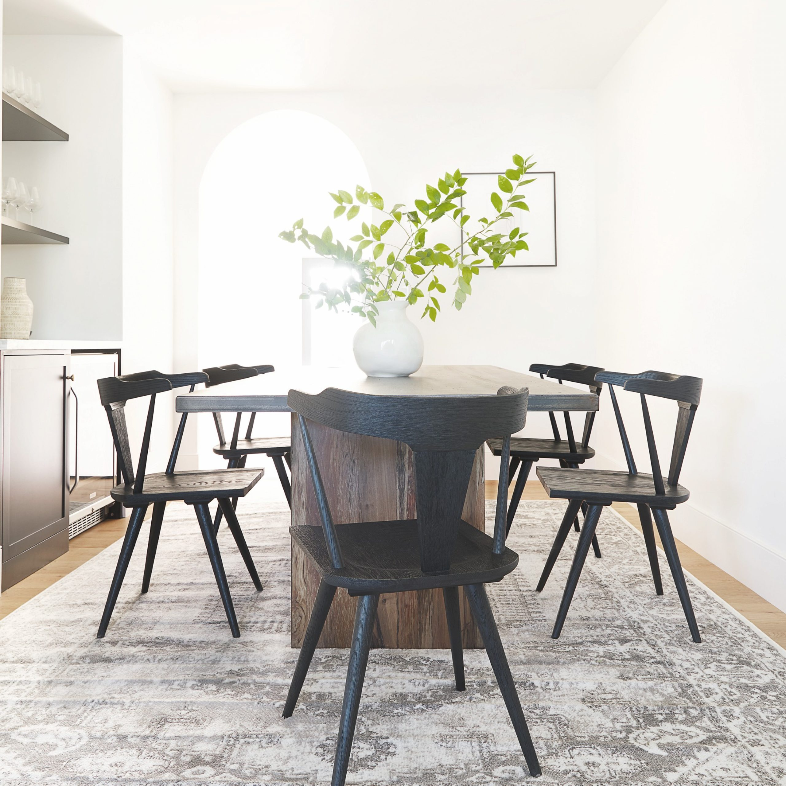 Favorite Stories – Styling Series: How To Pair Dining Tables And Chairs With Regard To Dining Tables In Smoked/seared Oak (View 11 of 25)