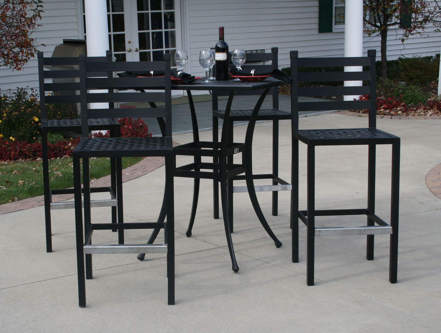 Latest Patio Square Bar Dining Tables With Regard To Ansley Luxury 4 Person All Welded Cast Aluminum Patio (View 12 of 25)
