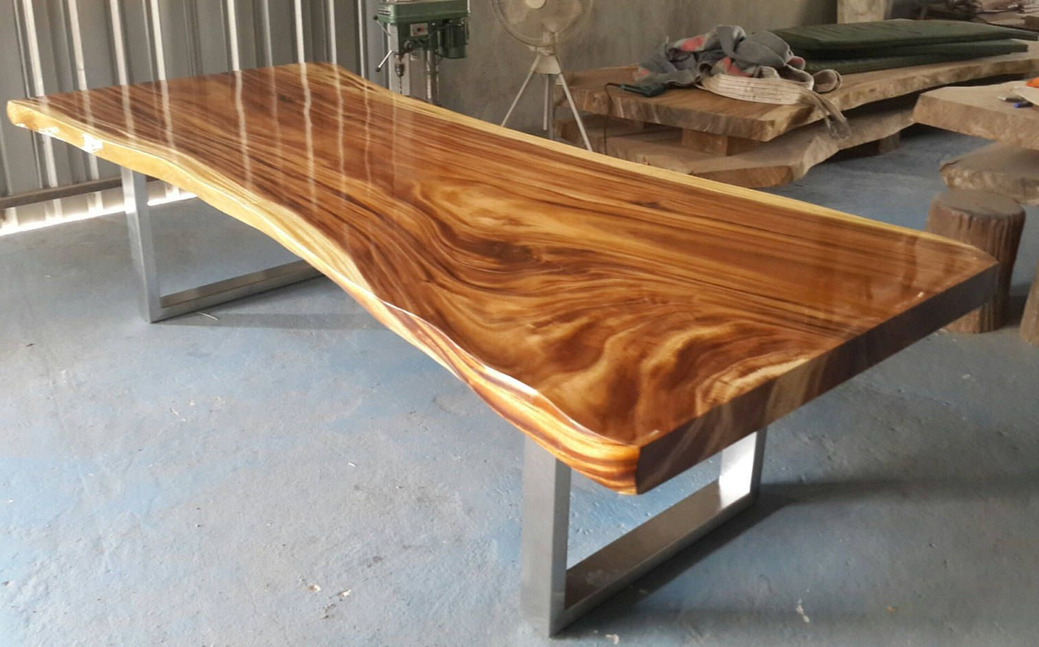 Live Edge Dining Table Golden Acacia Wood Reclaimed Single Pertaining To 2019 Acacia Dining Tables With Black X Legs (View 15 of 25)