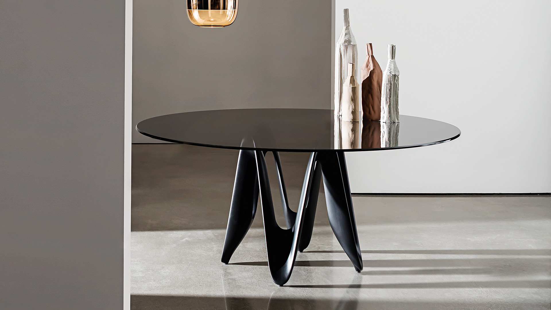 Modern Round Glass Table – Sovet Pertaining To Smoked Oval Glasstop Dining Tables (View 17 of 25)