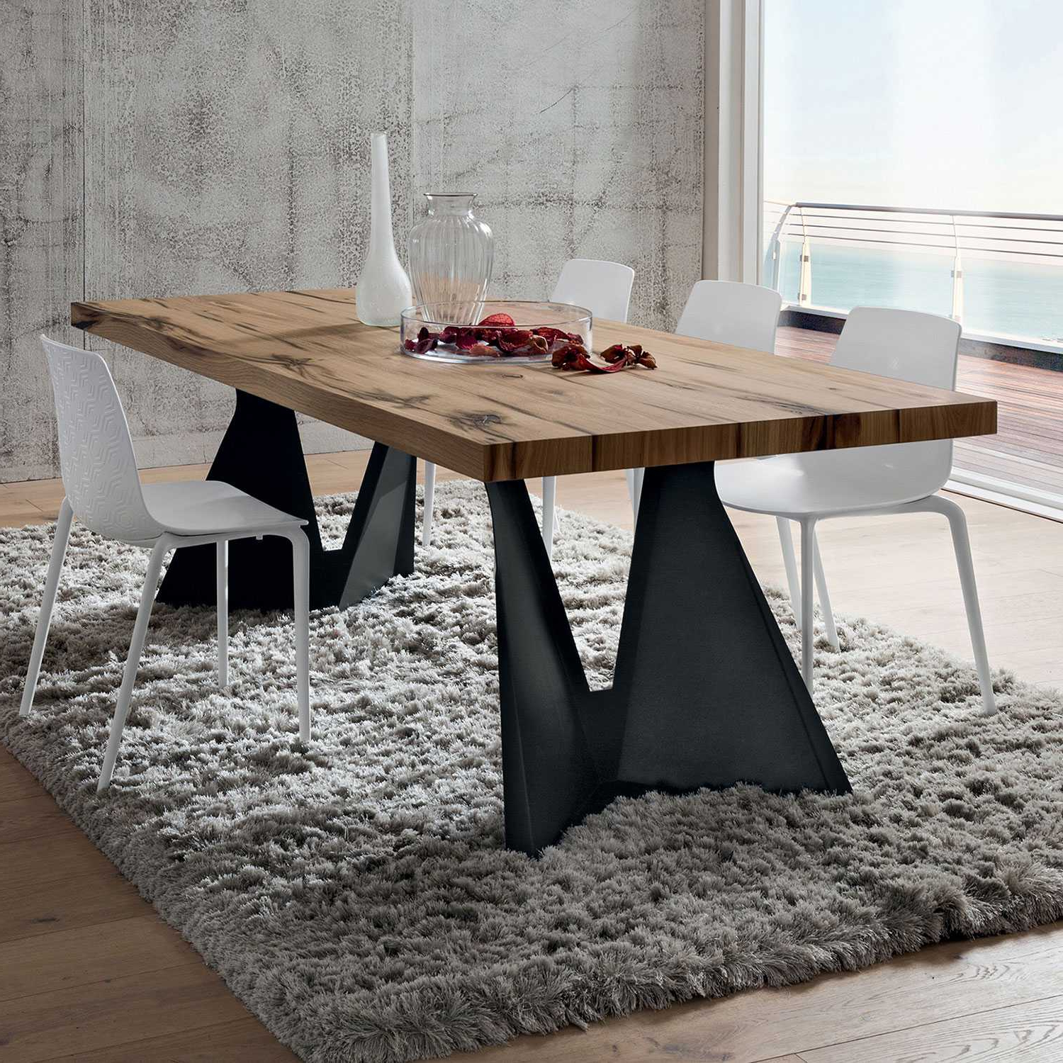 Most Recent Wood Top Dining Tables In Jeor (View 20 of 25)