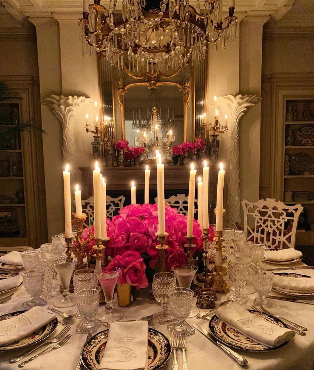 """Recent Jane Morris On Instagram: """"Breathtaking Intimate Dinner with Morris Round Dining Tables"""