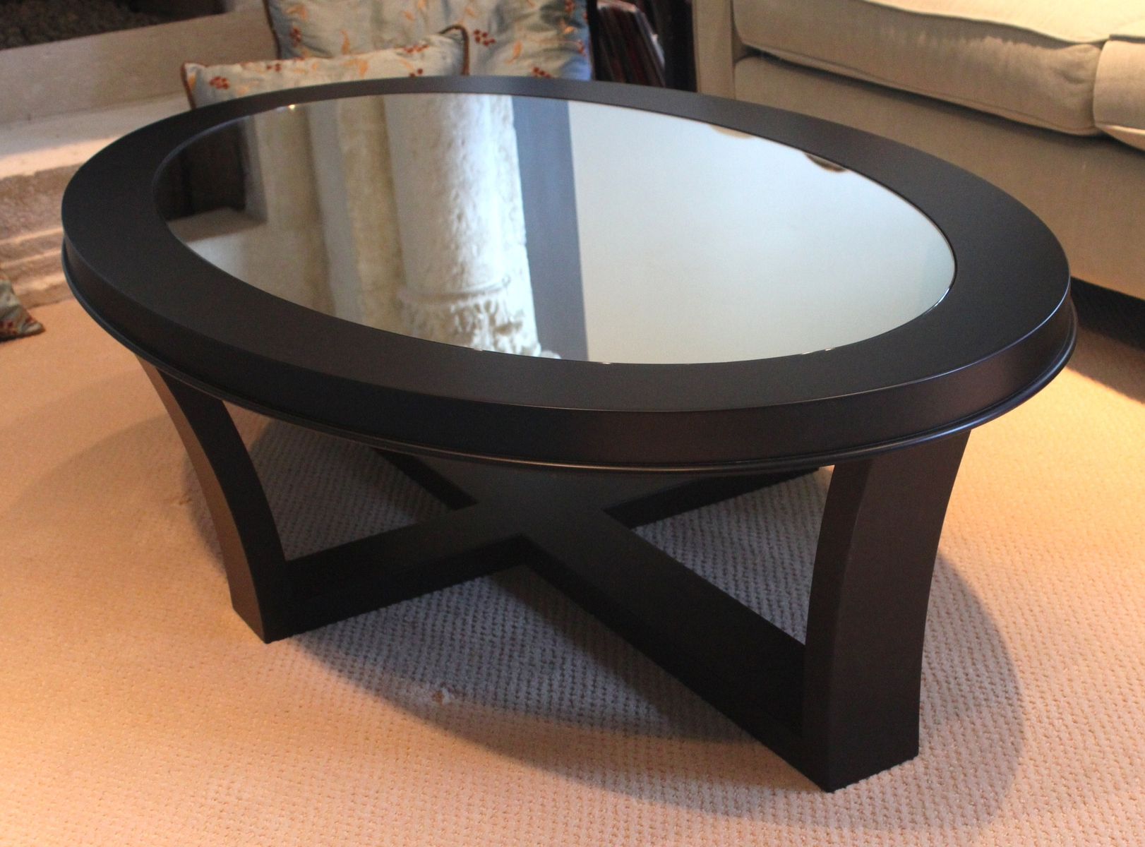 Smoked Oval Glasstop Dining Tables Pertaining To Favorite Furniture: Smoked Glass Coffee Table (View 18 of 25)