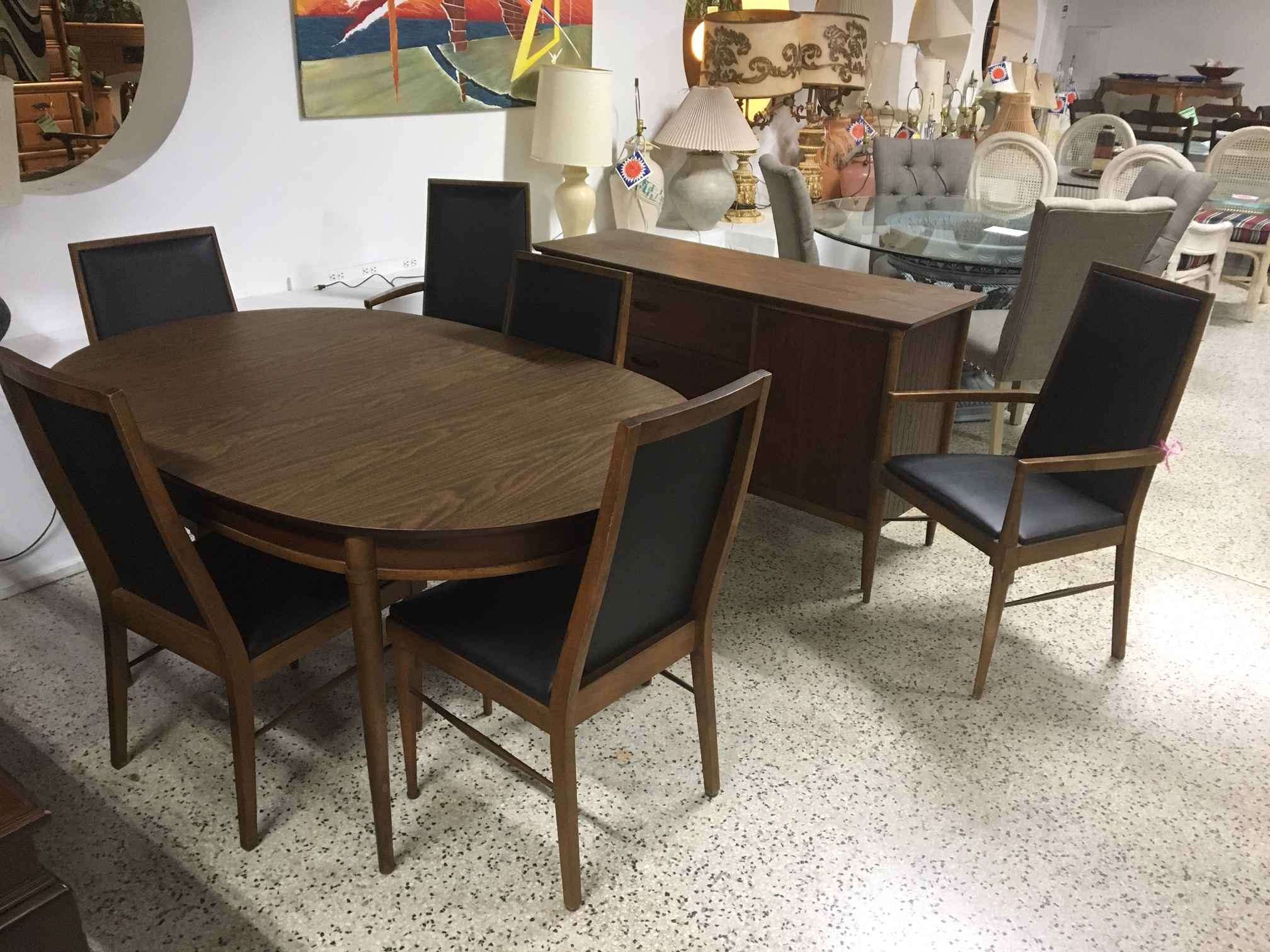 Trendy Contemporary 4 Seating Square Dining Tables Pertaining To Exciting Modern Dinning Room Set Dining For Sets Round Table (View 11 of 25)