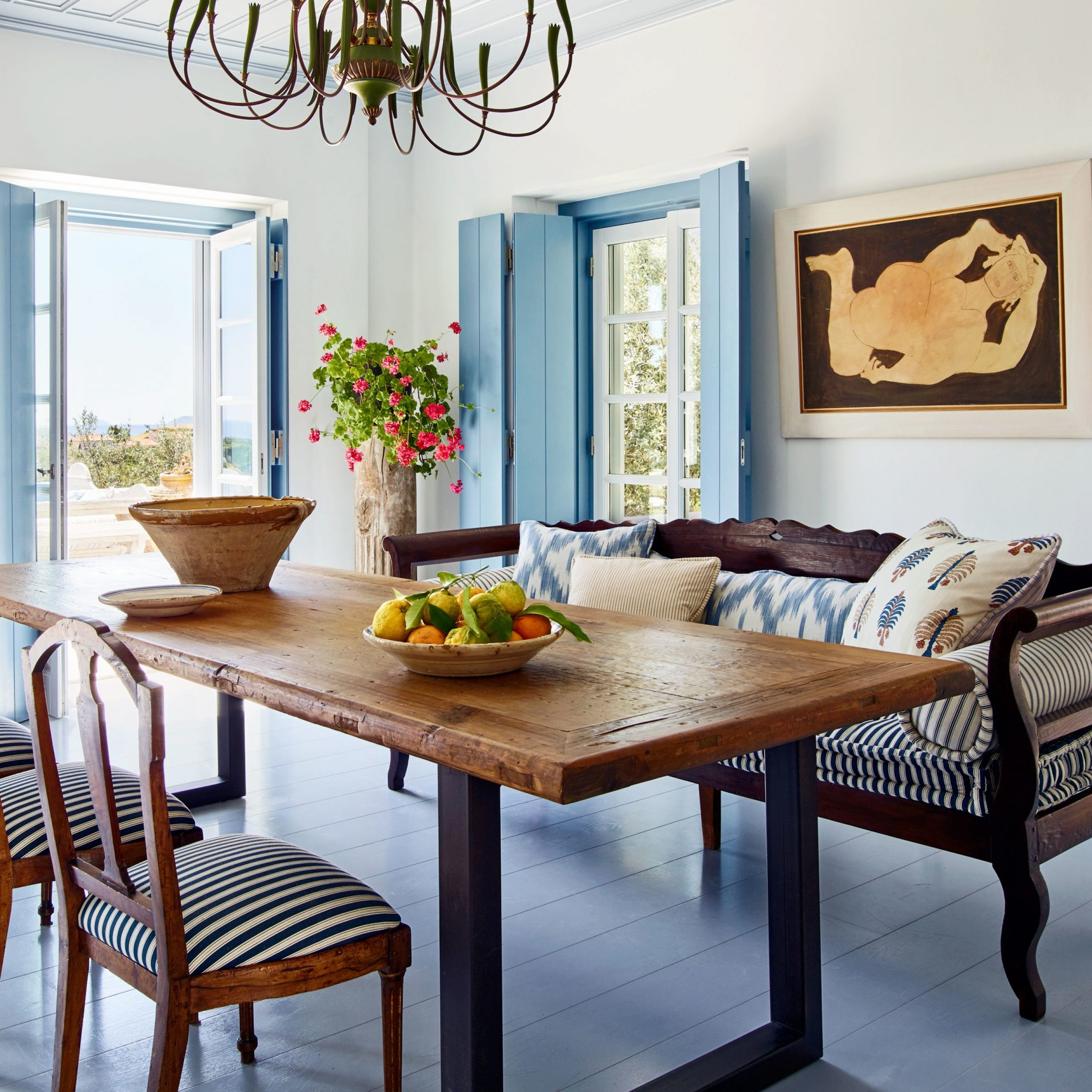 Walnut And Antique White Finish Contemporary Country Dining Tables Throughout Widely Used Tips To Mix And Match Dining Room Chairs Successfully (View 7 of 25)