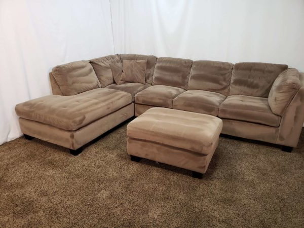 #1655 – 3 Piece Brown Microfiber Sectional Sofa With An For Latest 3Pc Polyfiber Sectional Sofas (View 9 of 25)