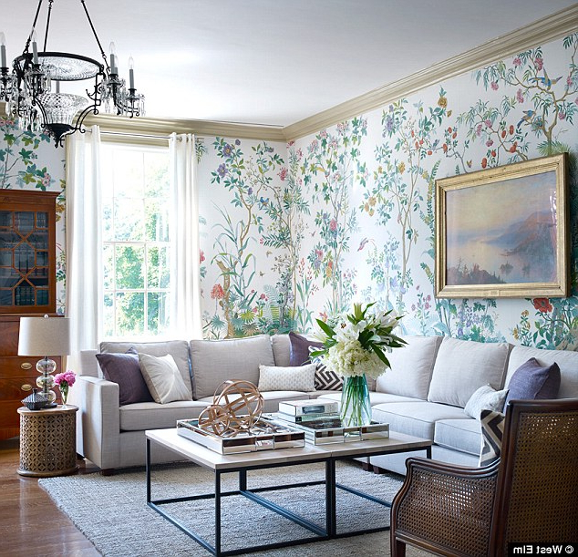 Bill De Blasio'S Historic Gracie Mansion Gets Redecorated For Well Known Gracie Navy Sofas (View 11 of 15)