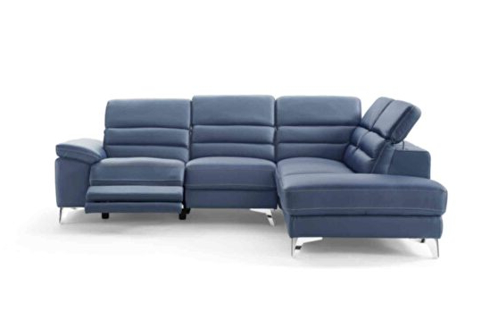 Bloutop Upholstered Sectional Sofas Within 2017 Sabrina Lf Black Sectional Sofa 667 (Sprangler) Meridian (View 6 of 25)