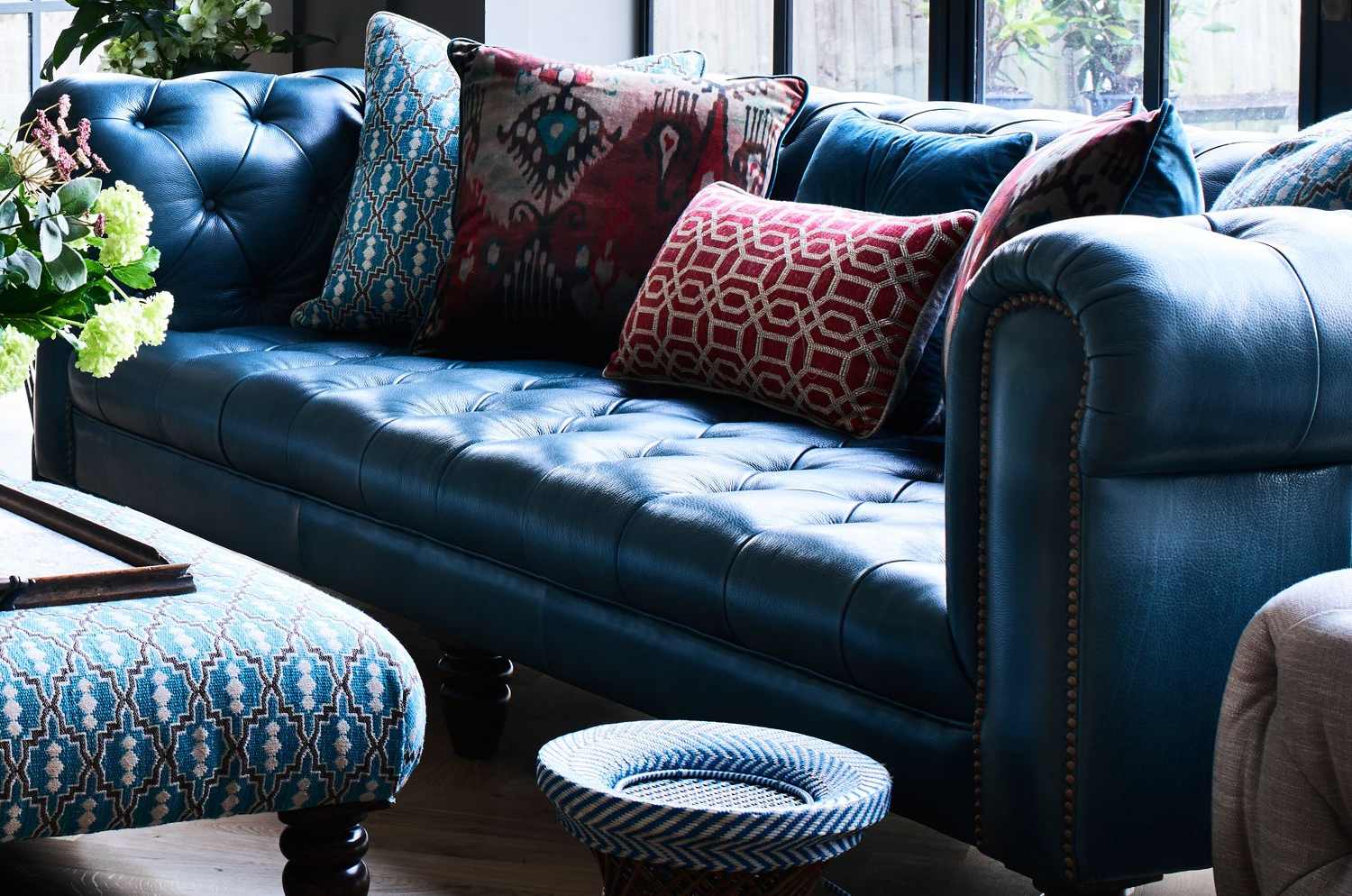 Colonial House With Scarlett Blue Sofas (View 2 of 15)