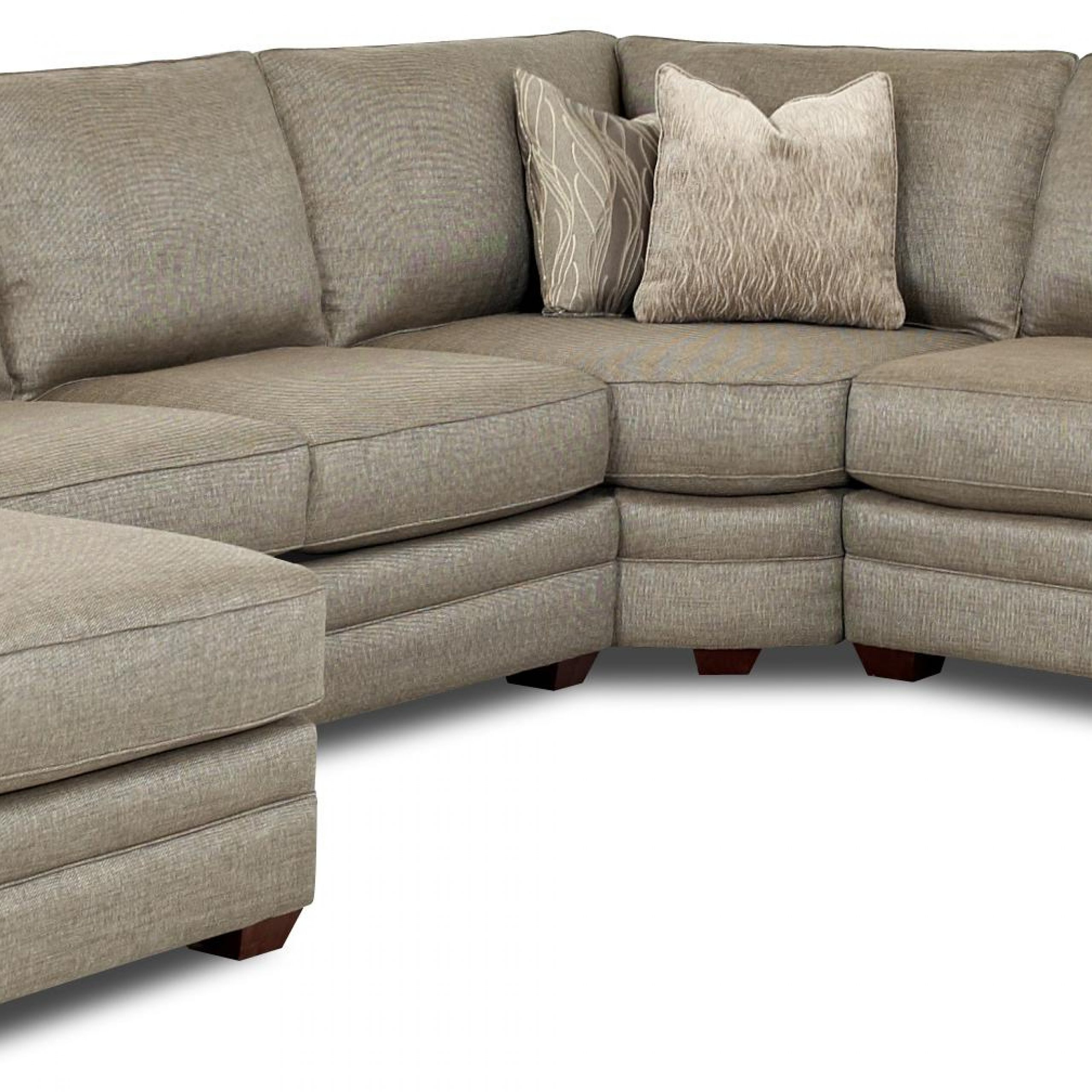 Hannah Right Sectional Sofas Pertaining To Widely Used Clanton Transitional Sectional Sofa With Right Chaise (View 22 of 25)