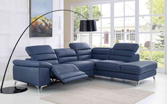 Sabrina Lf Black Sectional Sofa 667 (Sprangler) Meridian With Most Current Bloutop Upholstered Sectional Sofas (View 9 of 25)
