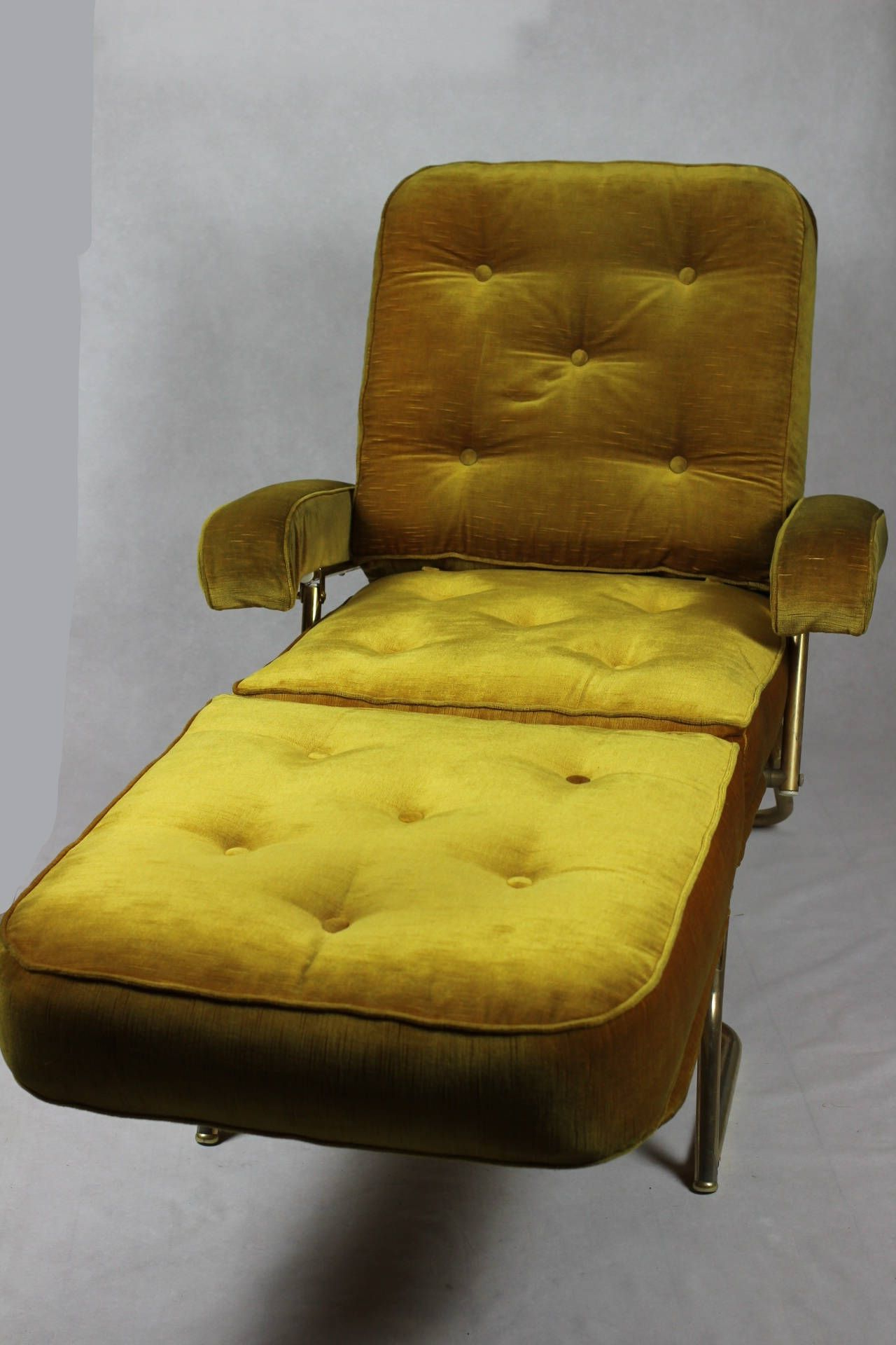Trendy French Seamed Sectional Sofas Oblong Mustard Inside French Designer Chaise Longue // 1970'S Avacado Green (View 15 of 25)