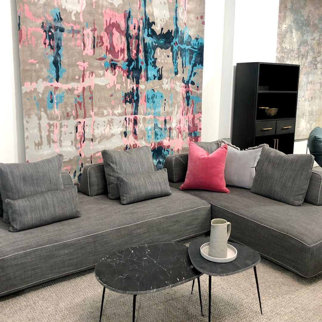 Trendy Hannah Sofa – The Rug Collection (View 24 of 25)