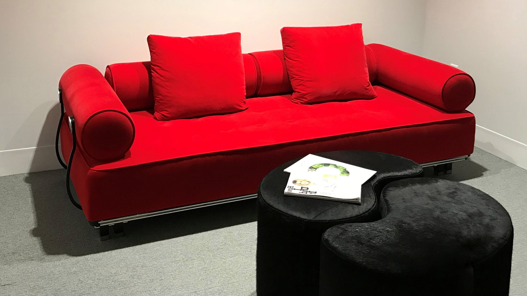 Zuri Furniture With Regard To Red Sofas (View 12 of 15)
