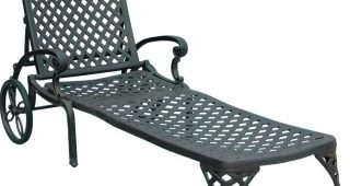 Outdoor Cast Aluminum Chaise Lounge Chairs