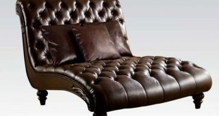 Ashley Chaises