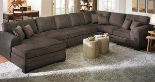 Large Sectionals With Chaise